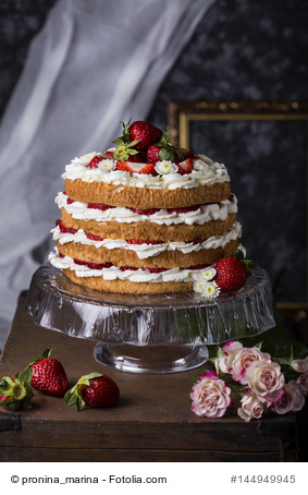 Elegant Angel Food Cake