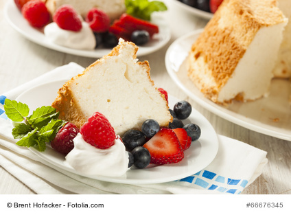 Homemade Angel Food Cake with Berries